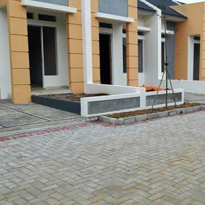 paving block gardens @grha sawangan